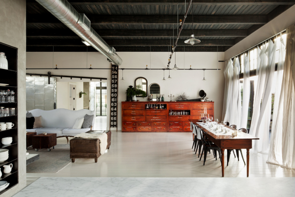 Airy dining